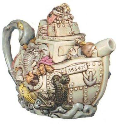 YT42HK Teapot
