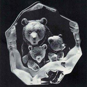 Grizzly Bear Family - Mats Jonasson